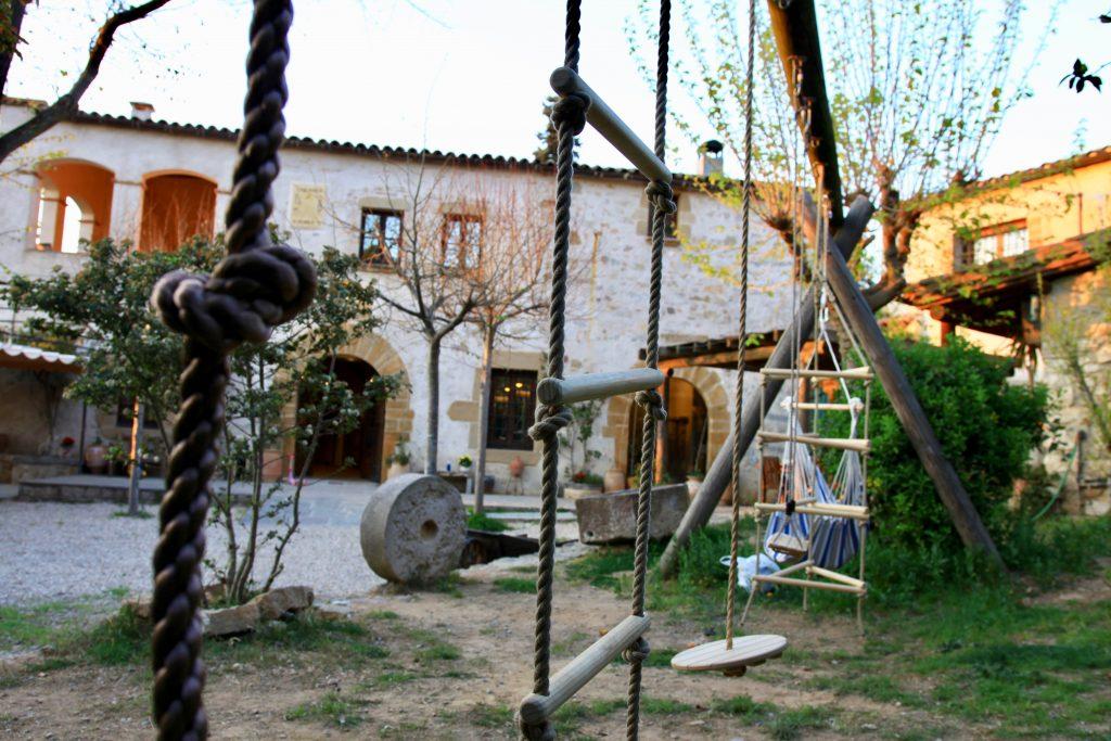Masia de Barcelona convertida en Colegio Montessori